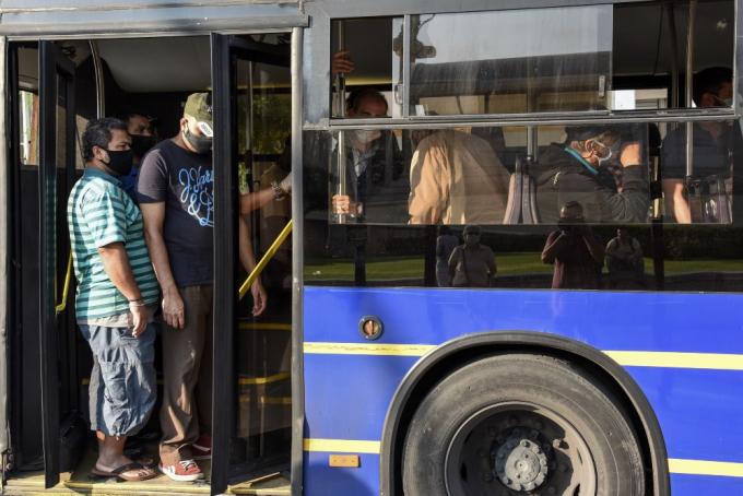 buses5151268